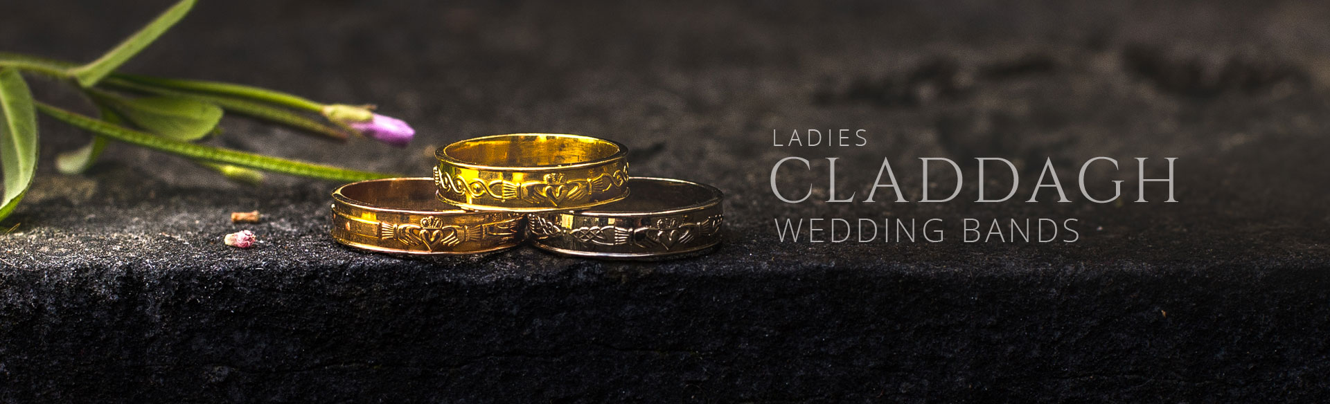 Ladies Claddagh Wedding Bands