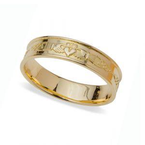 gents-flat-celtic-wedding-ring-in-18-karat-yellow-gold