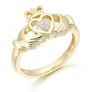 double-heart-claddagh-ring-in-9kt-yellow-gold