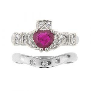 ashford-3-stone-claddagh-wedding-set in-platinum-and-ruby