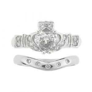 ashford-5-stone-claddagh-wedding-set-in-18-karat-white-gold-and-diamond