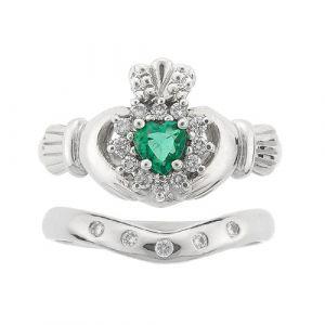 cashel-5-stone-claddagh-wedding-set-in-18-karat-white-gold-and-emerald