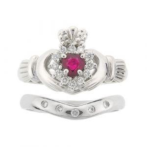 cashel-5-stone-claddagh-wedding-set-in-platinum-and-ruby
