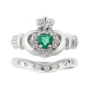 cashel-7-stone-claddagh-wedding-set-in-14-karat-white-gold-and-emerald