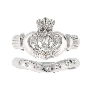 cashel-7-stone-claddagh-wedding-set-in-18-karat-white-gold-and-diamond