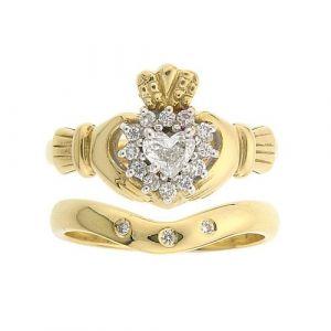 cashel-claddagh-wedding-set-in-14-karat-yellow-gold-and-diamond