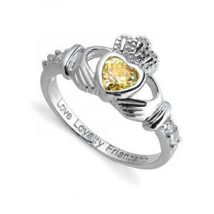 august-birthstone-claddagh-ring-1