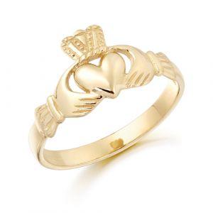 dainty-claddagh-ring-in-9-karat-gold