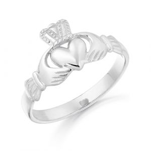 dainty-maidens-white-gold-claddagh-ring