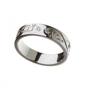 gents-celtic-wedding-band-in-10-karat-white-gold