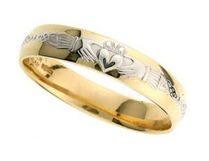 gents-domed-celtic-wedding-band-in-two-tone-18-karat-gold