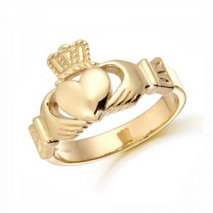 gents-heavy-claddagh-ring-in-9-karat-yellow-gold