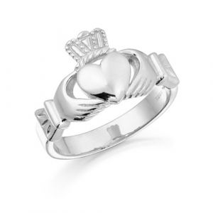 gents-white-gold-mid-weight-classic-claddagh-ring