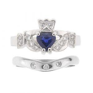 kinvara-3-stone-claddagh-wedding-set-in-platinum-and-sapphire