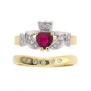 kinvara-5-stone-claddagh-wedding-set-in-18-karat-yellow-gold-and-ruby