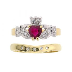 kinvara-5-stone-wedding-set-in-14-karat-yellow-gold-and-ruby