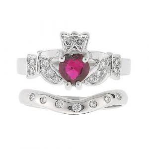 kinvara-7-stone-claddagh-wedding-set-in-18-karat-white-gold-and-ruby