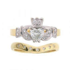 kinvara-7-stone-claddagh-wedding-set-in-18-karat-yellow-gold-diamond