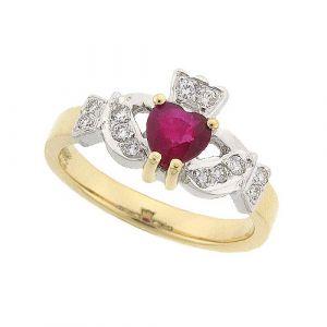 kinvara-ruby-claddagh-ring-in-18-karat-yellow-gold