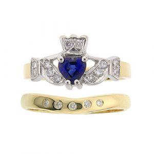kinvara-sapphire-claddagh-ring-wedding-set-in-yellow-gold