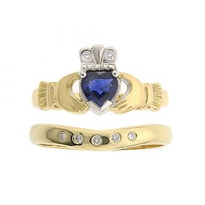 kylemore-5-Stone-sapphire-claddagh-wedding-set-in-14kt-yellow-gold