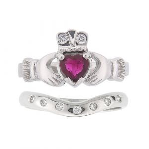 kylemore-7-stone-claddagh-wedding-set-in-platinum-and-ruby