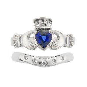 kylemore-claddagh-wedding-set-in-platinum-and-sapphire