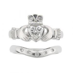 kylemore-diamond-claddagh-wedding-set-in-14-karat-white-gold