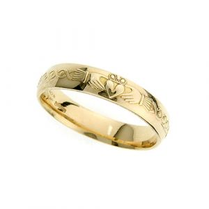 ladies-domed-scroll-claddagh-wedding-ring-in-18-karat-yellow-gold