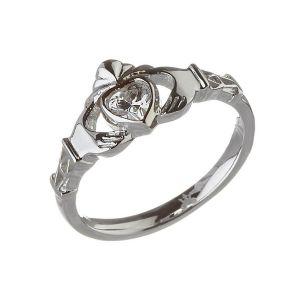 Modern-April-Birthstone-Claddagh-Ring