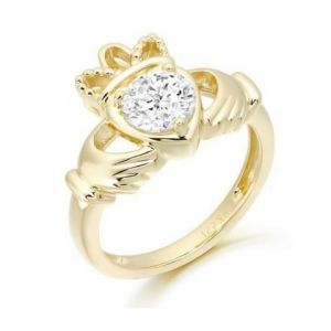 princess-style-claddagh-ring-in-9kt-gold