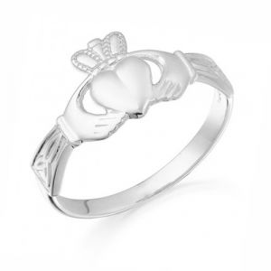 trinity-claddagh-ring-in-white-gold