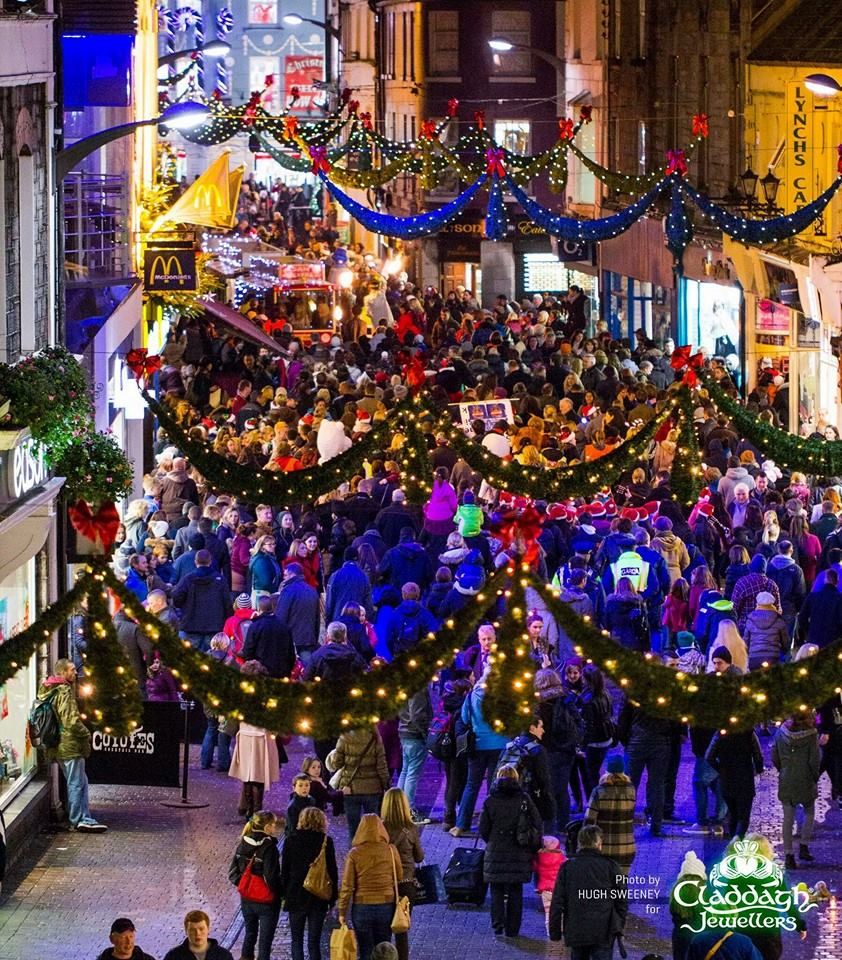 galway-christmas-lights-from-claddagh-jewellers-roof